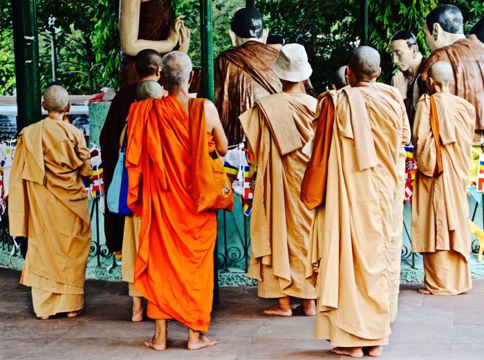 Sarnath_Pilgrims