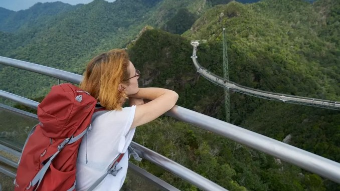 Travel Tips for Women And Moms Traveling Abroad 678x381 - Travel Tips For Women & Moms
