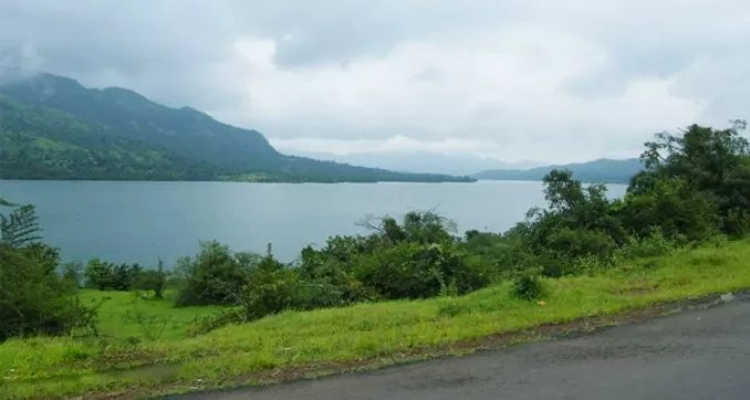 Mulshi Lake and Dam e1560242133706 - Best Tourist Places Near Pune You Can Visit By Bike