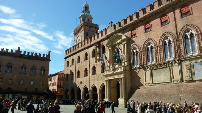 Town Hall Bologna 678x381 - Summer in Italy - Ways to Spend Your Vacation Time