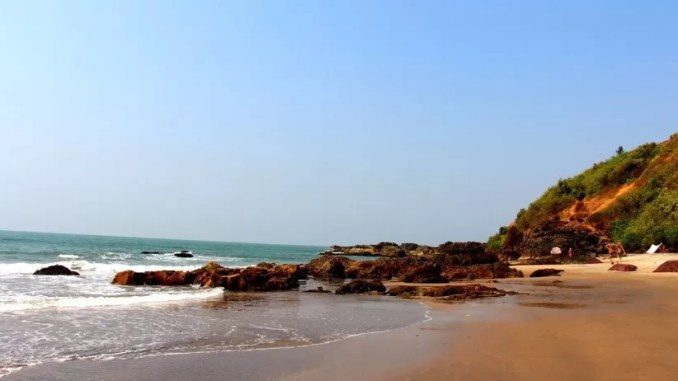 Querim beach Goa India 678x381 - Best Beaches in Goa India For Foreigners