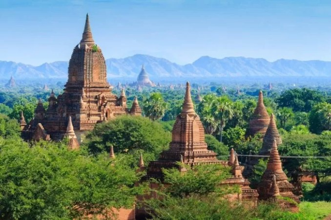 Bagan Myanmar Archaeological Area e1576810141122 - 19 Best Vacation Destinations With Family Around The World