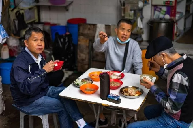 hongkong street food locals