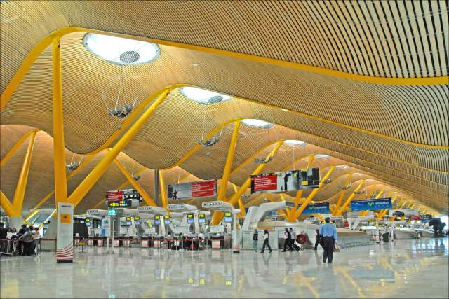 This image shows how the architecture of Madrid's airport reflects the nearby Spanish deserts. Photo taken by Jean-Pierre Dalbéra