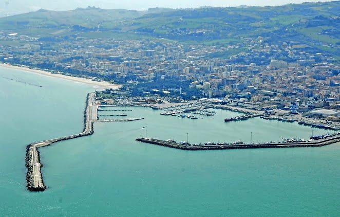 Local Port, San Benedetto del Pronto