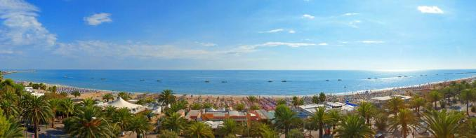 Panoramic view of the beach of San Benedetto del Tronto