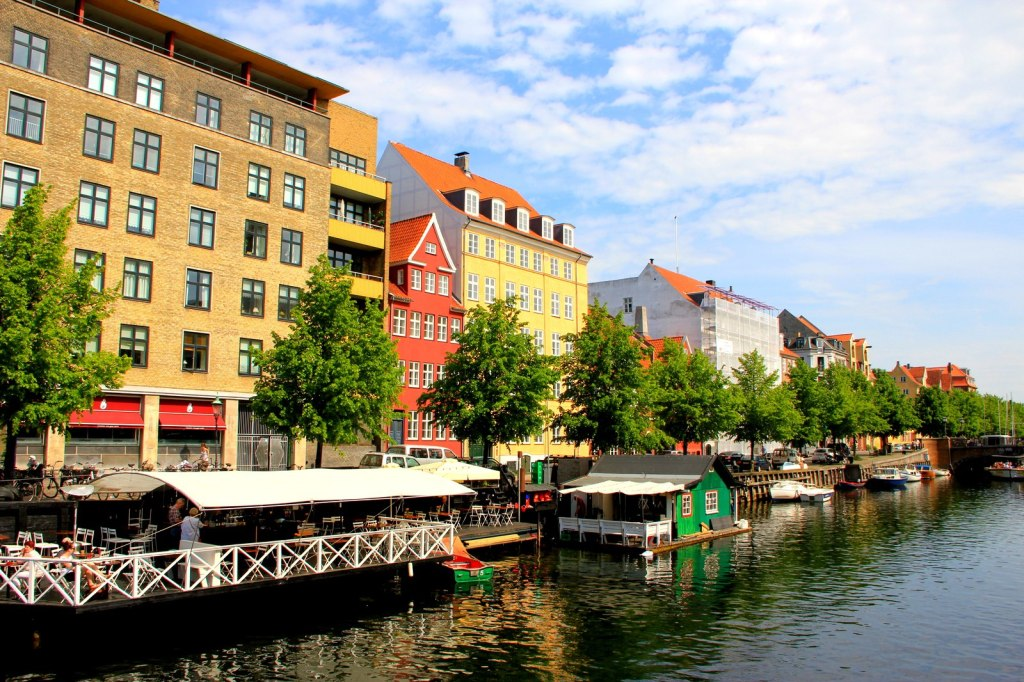 Beautiful canal and colourful houses, Copenhagen