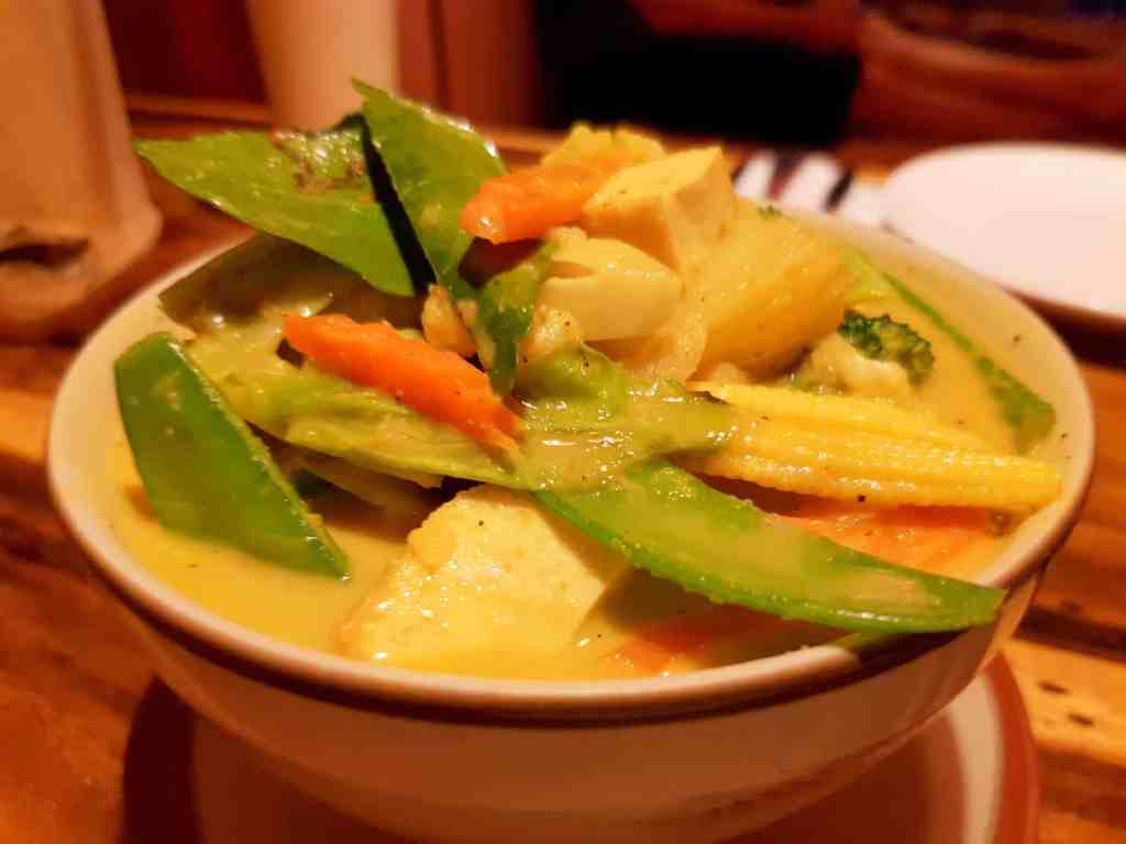 Vegetarian Yellow Curry with Potatoes
