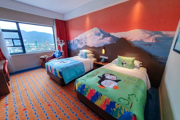 Chimelong Ocean Kingdom Penguin Hotel