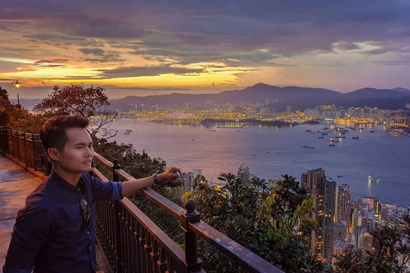 The SunSet At Victoria Peak Hong Kong