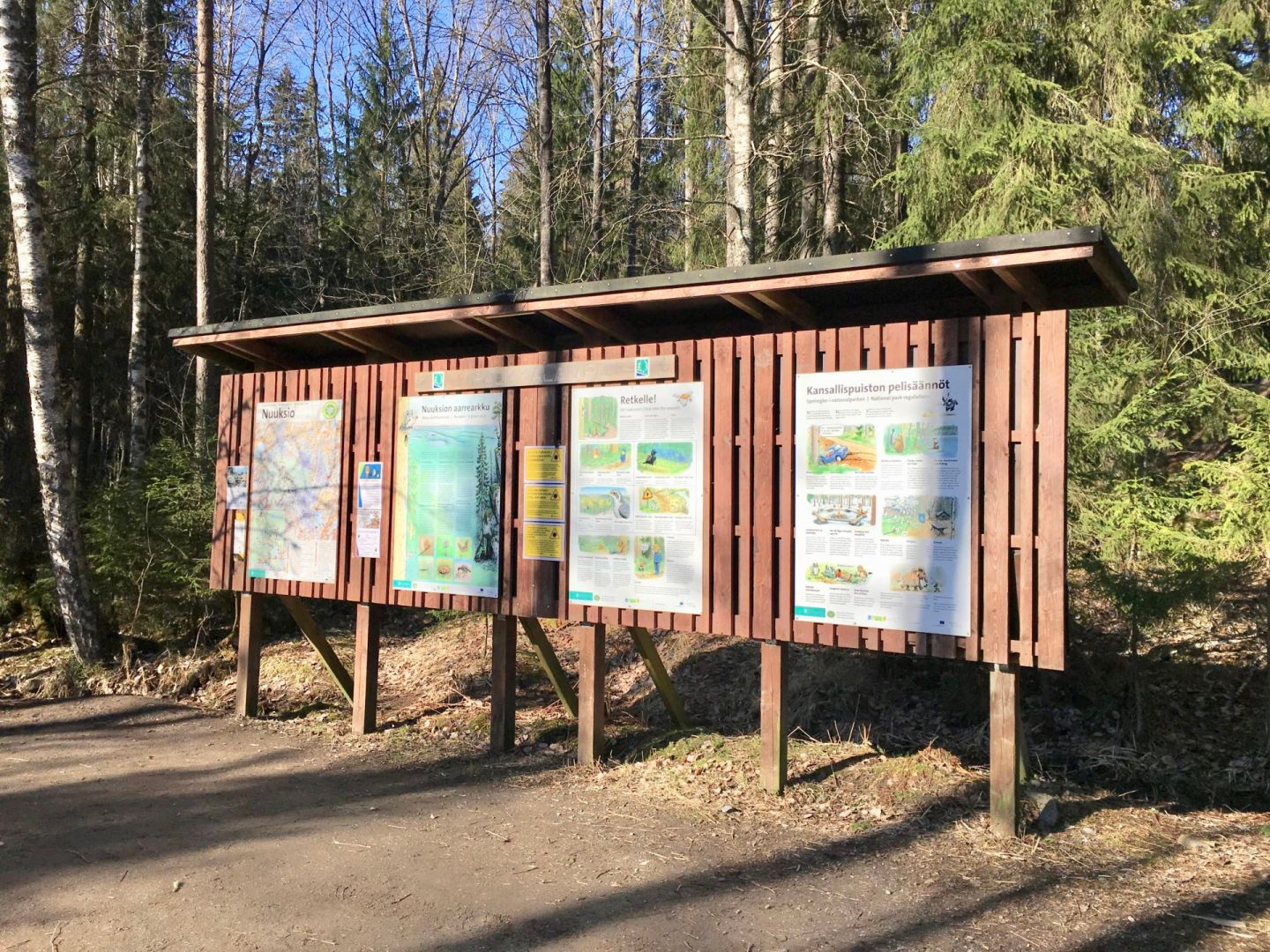 How to go hiking in Nuuksio National Park