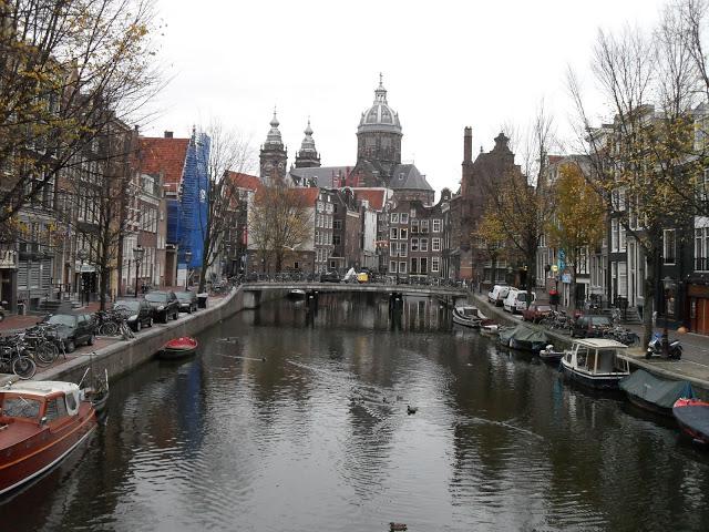 Travel to Amsterdam - Travel Jaunts