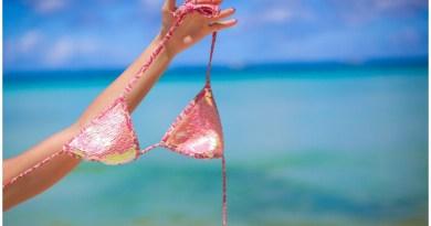 The World's Best Nude Beaches, Spiaggia di Guvano, Red Beach, Paradise Beach, Plage de Tahiti, Samurai Beach, Bellevue Beach, Haulover Beach, Hippie Hollow