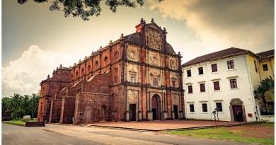 Basilica of Bom Jesus, Old Goa Church, Old Goa CHurch History, Basilica De Bom Jesus Church Goa, Timing, History, Goa Church, Goa Beautiful Church