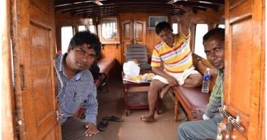 2016 में फारवर्ड प्रेस के प्रबंध संपादक प्रमोद रंजन के साथ मैंने छोटानागपुर की यात्रा की थी। उस यात्रा के दौरान हमदोनों गुमला जिले के बिशुनपुर प्रखंड के कई असुर समुदाय बहुल गांवों में गए थे। वहां अनिल असुर, सुषमा असुर जैसे मित्र मिले जो आज भी हमारे साथी हैं।