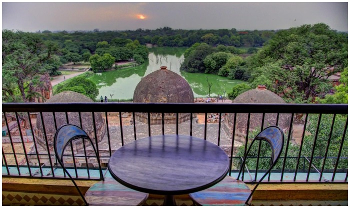 6 best destination for romanctic date in hauz khas