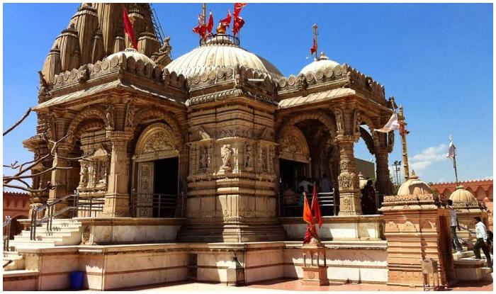 Temples in Kashmir - Srinagar has 8 amazing religious places