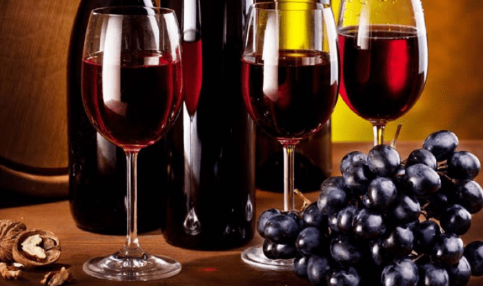 how to make raisins and wine from grapes