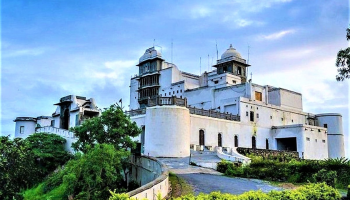 If you want to see the sunset in Udaipur, visit Sajjangarh Palace