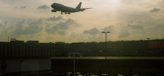 Beladen vertrek uit Hongkong