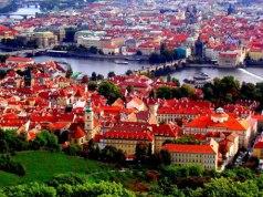 Ahoj!!! Бегом сюда! Горящий тур в Чехию с авиаперелетом из Санкт-Петербурга включает в себя: перелет, трансфер, страховка, проживание в отеле за 17500 рублей с человека.