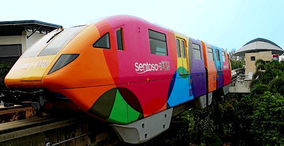 Как добраться до Сентозы на поезде-монорельсе (Sentosa Express Monorail)