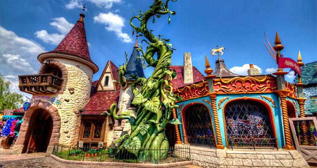 Fantasyland в Диснейленде Парижа