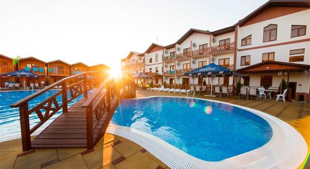 Отели в Анапе все включено с бассейном - Long Beach Hotel