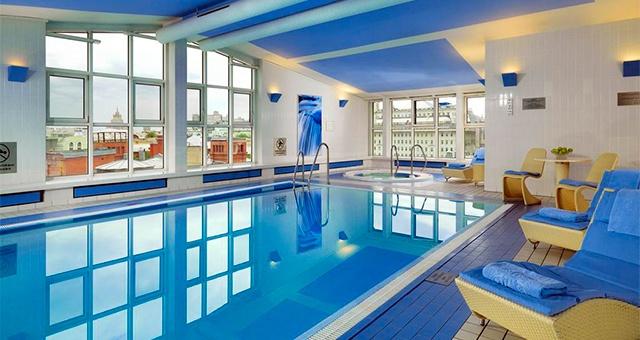 Отели в Москве с бассейном