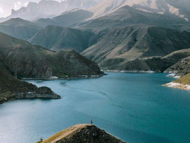 Экскурсия: Путешествие к Эльбрусу и озеру Гижгит в мини-группе