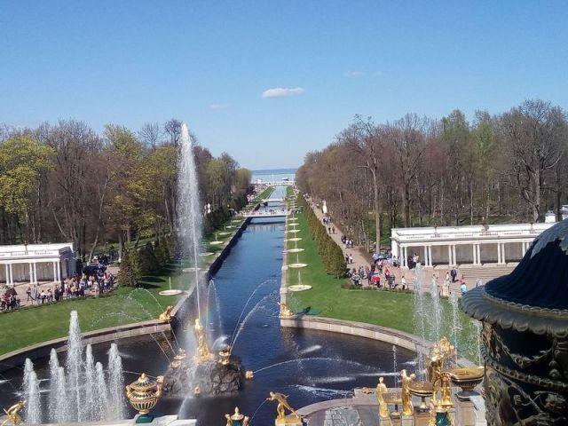 Экскурсия: Петергоф — резиденция Петра Великого