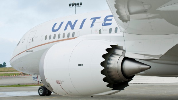 United Airlines rewards passenger who volunteered to give up her seat on a full flight.