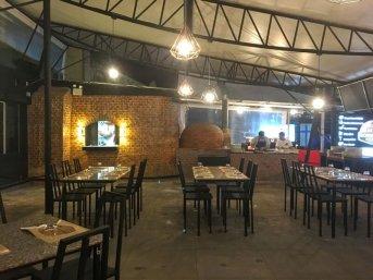 Godfather's lounge mangiare a Kata Beach