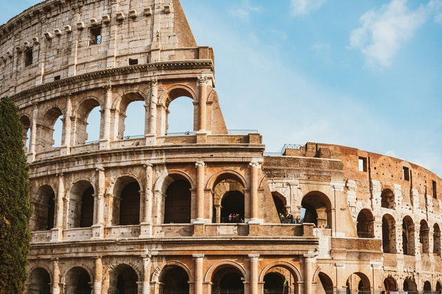 The Colosseum at Rome | Italy, places to visit in rome