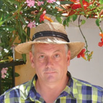 Author Karl Bradshaw White writer of Algarve Travel Guide