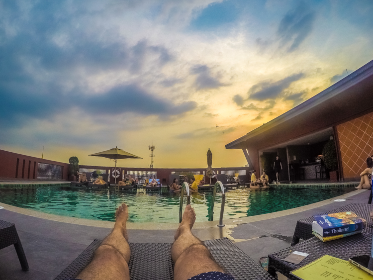 Cas Nithra, rooftop pool, Bangkok, Thailand, Travelling, Travel, Travelling Book Junkie