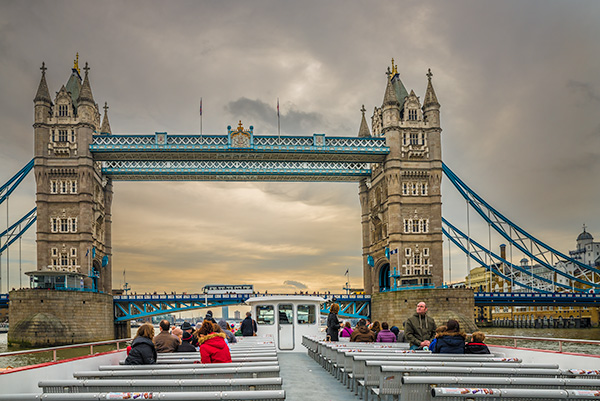 Tower Bridge, London, Travel, Travelling Book junkie, Travel, unique travel, unusual travel, group travel