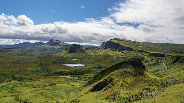 travelling book junkie, popular destinations, amazing destinations, must see places, famous places, beautiful, places, ideas for, vacation, holiday, isle of skye, scotland, europe, travel, destinations, stunning,