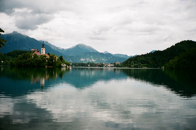 travelling book junkie, popular destinations, amazing destinations, must see places, famous places, beautiful, places, ideas for, vacation, holiday, slovenia, lake bled, europe, travel, destinations, top, guide,