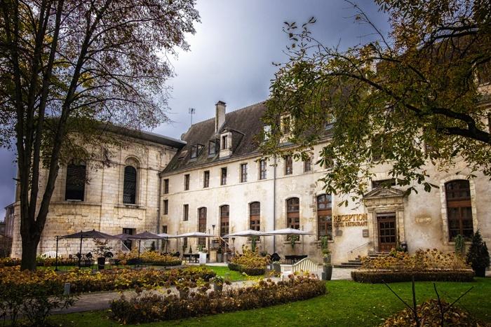 mecure hotels, bourges, hotel, france, michelin star, restaurant, abbey, converted, de bourbon,