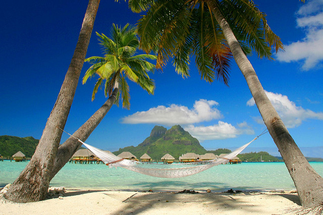 relaxing in the sun on a hammock, good for your health whilst travelling