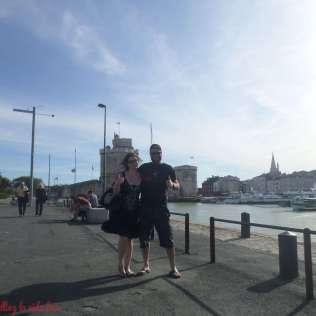 De paseo por el puerto al atardecer