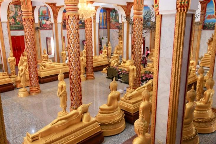 Interno tempio di Phuket