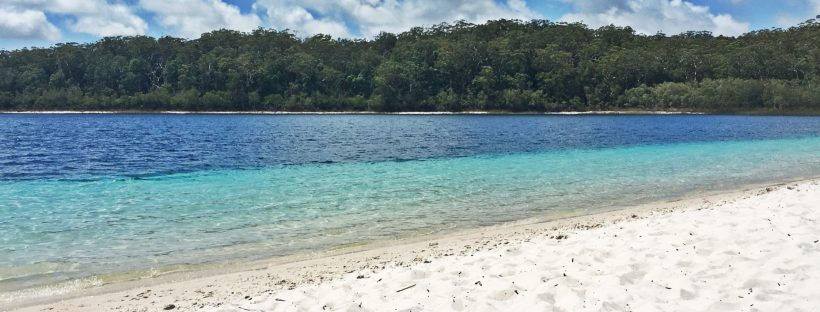 The white sand and blue shades of Lake McKenzie, Fraser Island