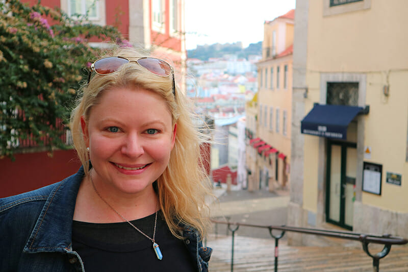 3 days in Lisbon - Sarah Blinco exploring Lisbon's old streets