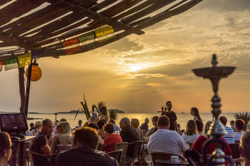 Kumharas is a chilled out beach club in Ibiza