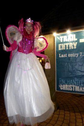 Fairy_stilt_walker_enchated_christmas
