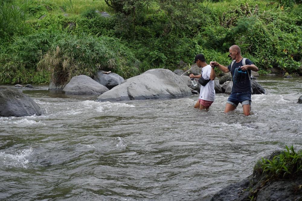 Wandelen door de rijstvelden van Sidemen Bali Indonesië