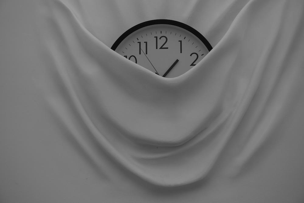 Falling Clock Daniel Arsham Moco Museum Amsterdam Nederland