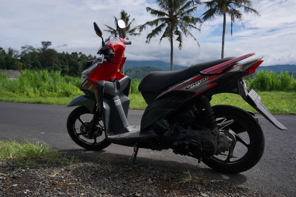 Scooter huren Sidemen Bali Indonesië